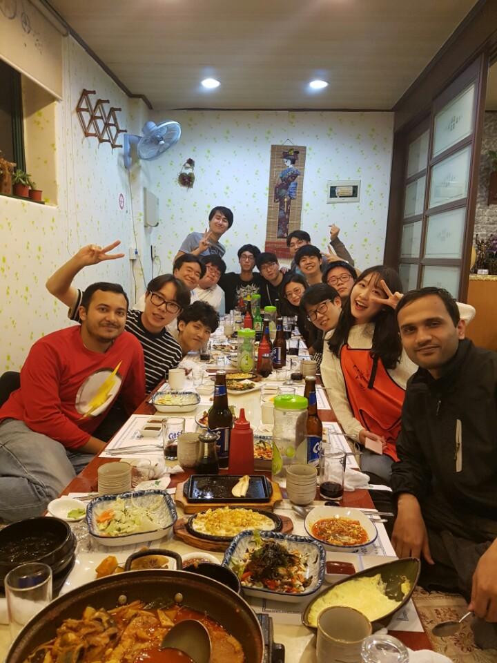 Lab dinner, Oct 10 2016_1.jpg